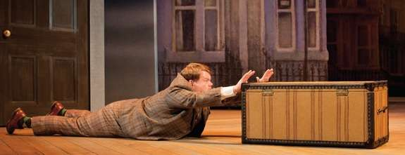 Image: James Corden, One Man Two Guvnors, enzian.org