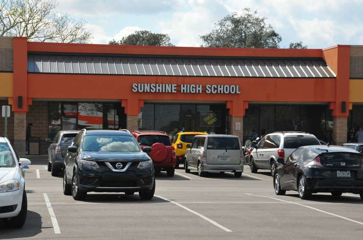 Image: Sunshine High School in Orlando is located in Oakhill Village, a strip mall on Old Winter Garden Road. (Malcolm Denemark/USA Today Network)