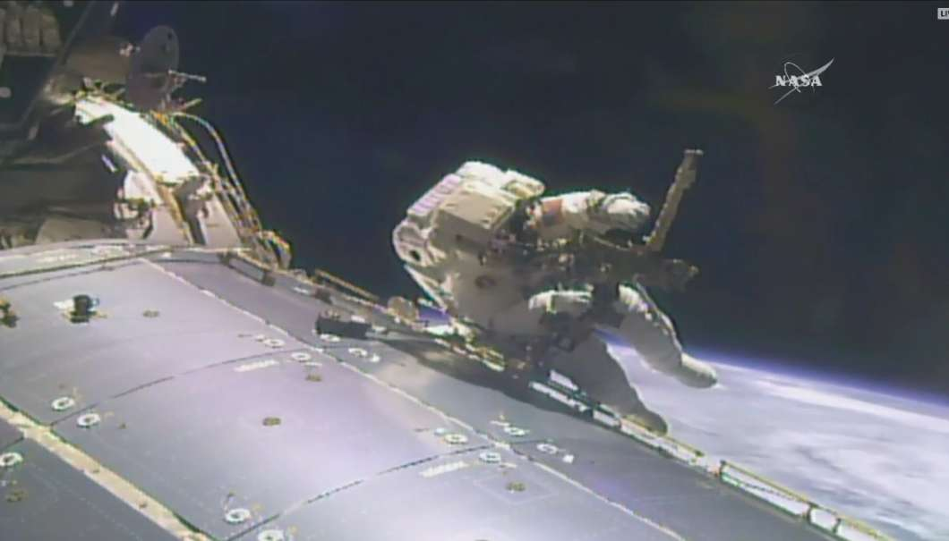 Leak delays start of 200th spacewalk at International Space Station