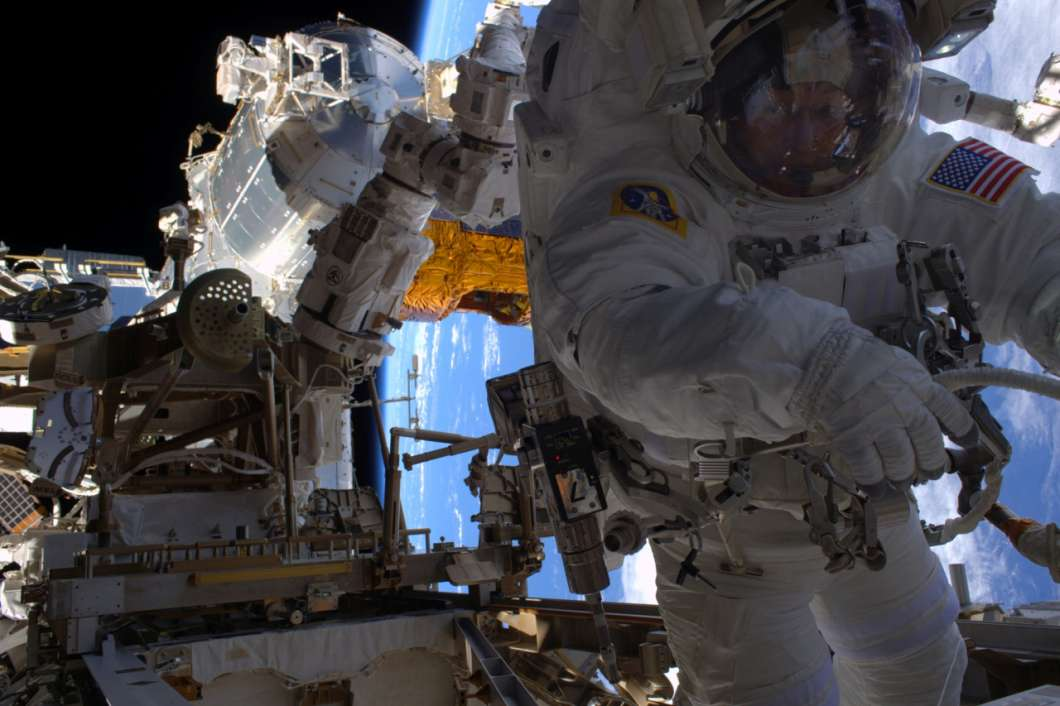 Astronaut Peggy Whitson on a space walk outside the International Space Station. Photo: NASA (2017)