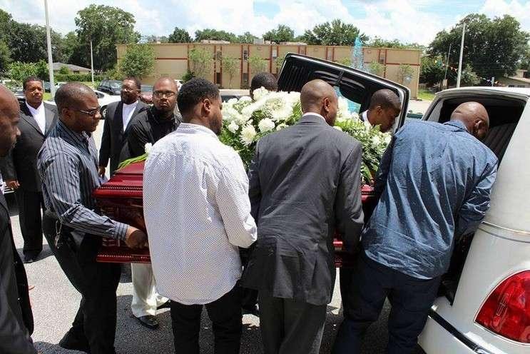 Image: Max Gracia's funeral, courtesy of Willine Gracia, Orlandoweekly.com