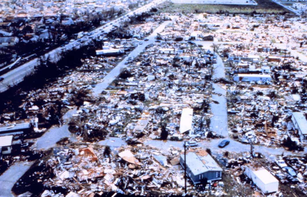 Hurricane Andrew – Dadeland Mobile Home Park after passage of Andrew. Photo: NOAA's National Weather Service (NWS) Collection