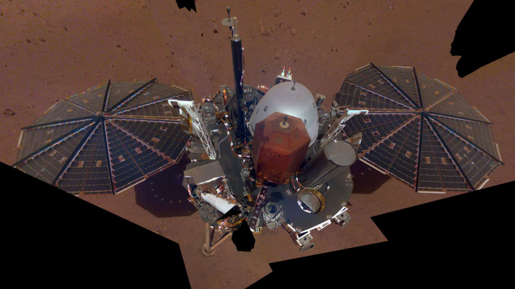 Insight's first selfie. Photo: NASA
