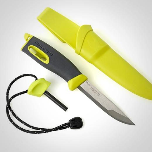 Swedish fireknife over