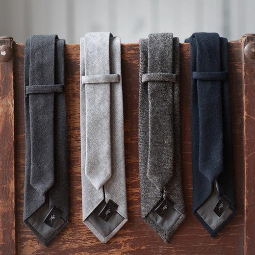 18waits tie