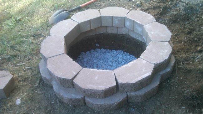 How to Build a Fire Pit in Your Backyard - Bob Vila