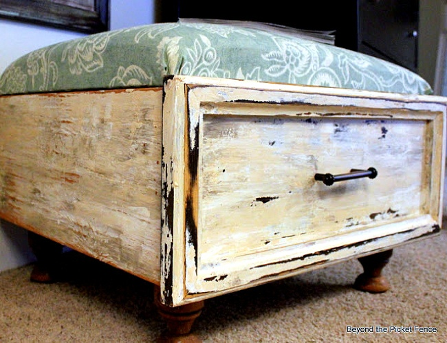 Reuse Drawers - Ottoman