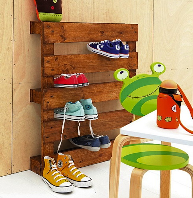Kids 39 room storage diy projects bob vila for Rack room kids shoes