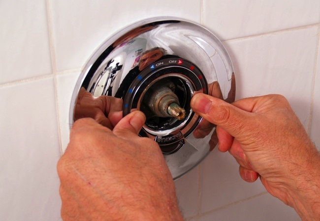 How to Install Shower Valve Trim - Retaining Ring