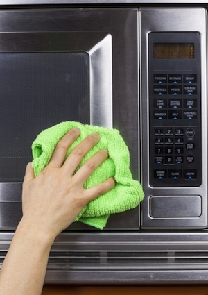 How to Clean a Microwave - Exterior