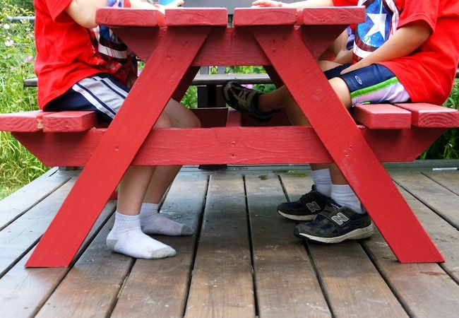 DIY Picnic Table - Kids