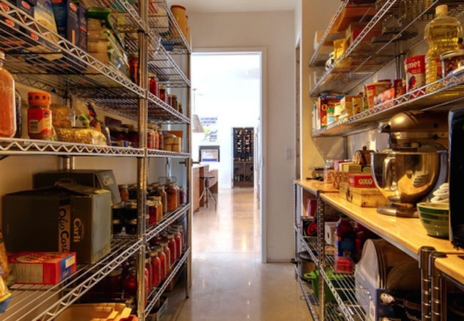 How to Organize a Pantry - Configurable