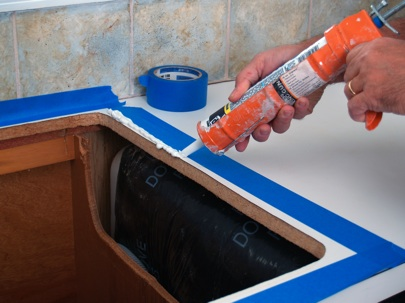 JProvey-Replacing-Kitchen-SInk-Caulking-Counter-Rim