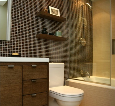 designer tips to maximize small bathroom design