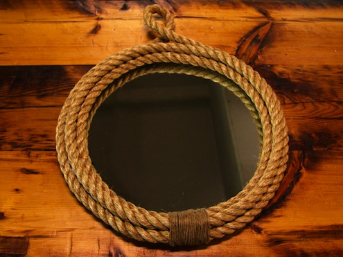 Rope-lined mirror
