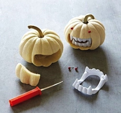 Pumpkin Mini Vampire