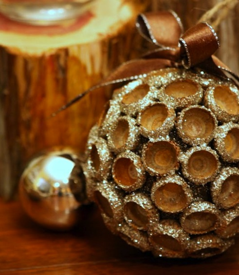 Diy ornaments acorn for Acorn decoration