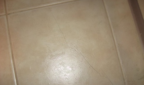 Lay Ceramic Tile - Cracked Tile