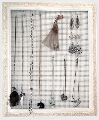 Hardware Cloth DIY - Jewelry Organizer