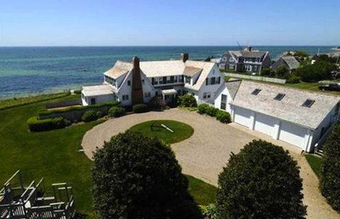 Taylor Swift Sells Her Cape Cod Abode