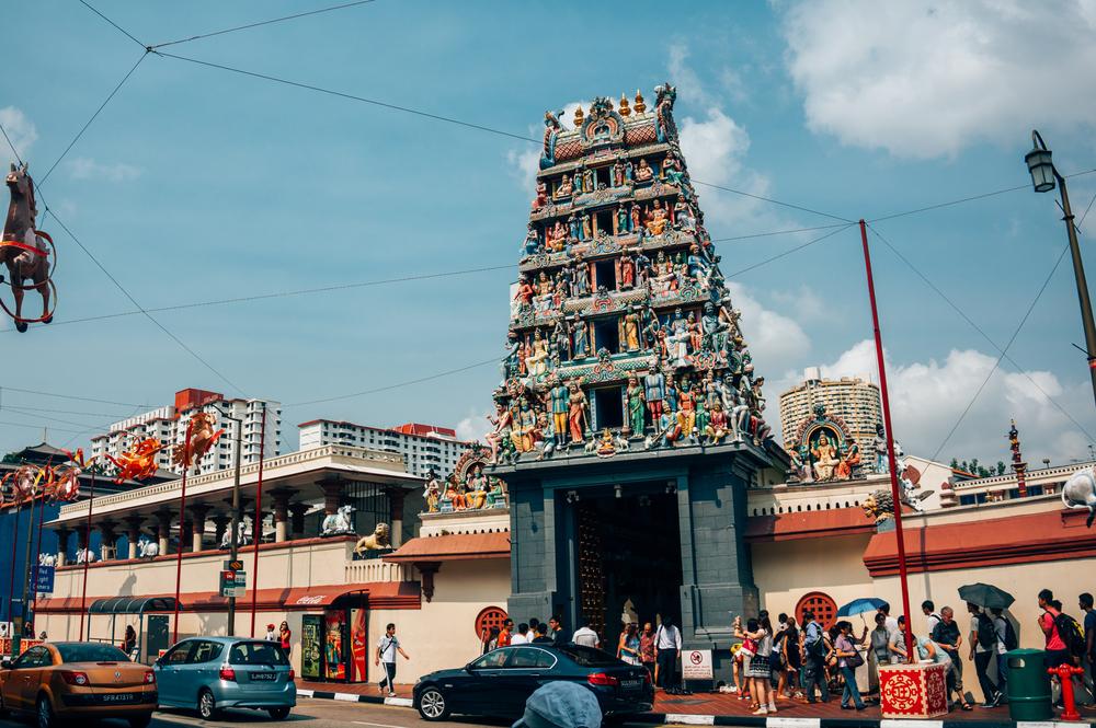 Sri Mariamman Hindu temple in China Town, Singapore_335753717