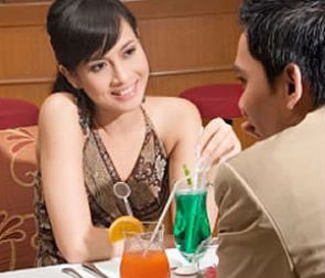 5 Things Men Notice About Women on a Date
