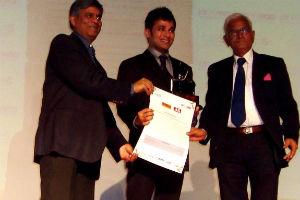 Anupam Mittal Receives Karmaveer Puraskaar