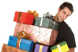 Men Spend More on Gifts, Finds Survey