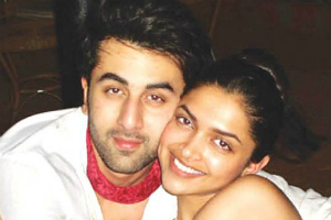 Survey: 72% Indian Women Think Ranbir Kapoor Would Make an Ideal Husband, as he is a 'Mama's Boy'