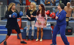 Penny Marshall & Cindy Williams on Sam and Cat