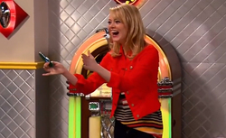 WOW! Emma Stone on the next iCarly