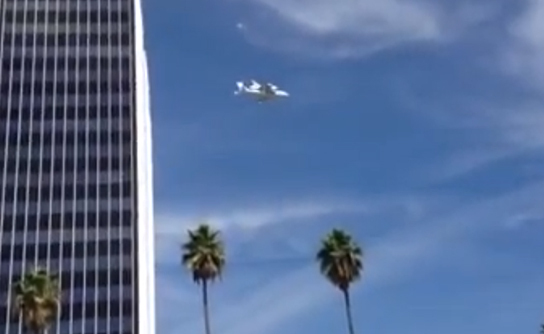 Sam & Cat - SPACE SHUTTLE FLY-BY