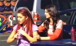 Filming Victorious - Tori & Cat