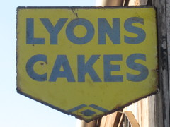 Original Enamel Lyons Cake Sign
