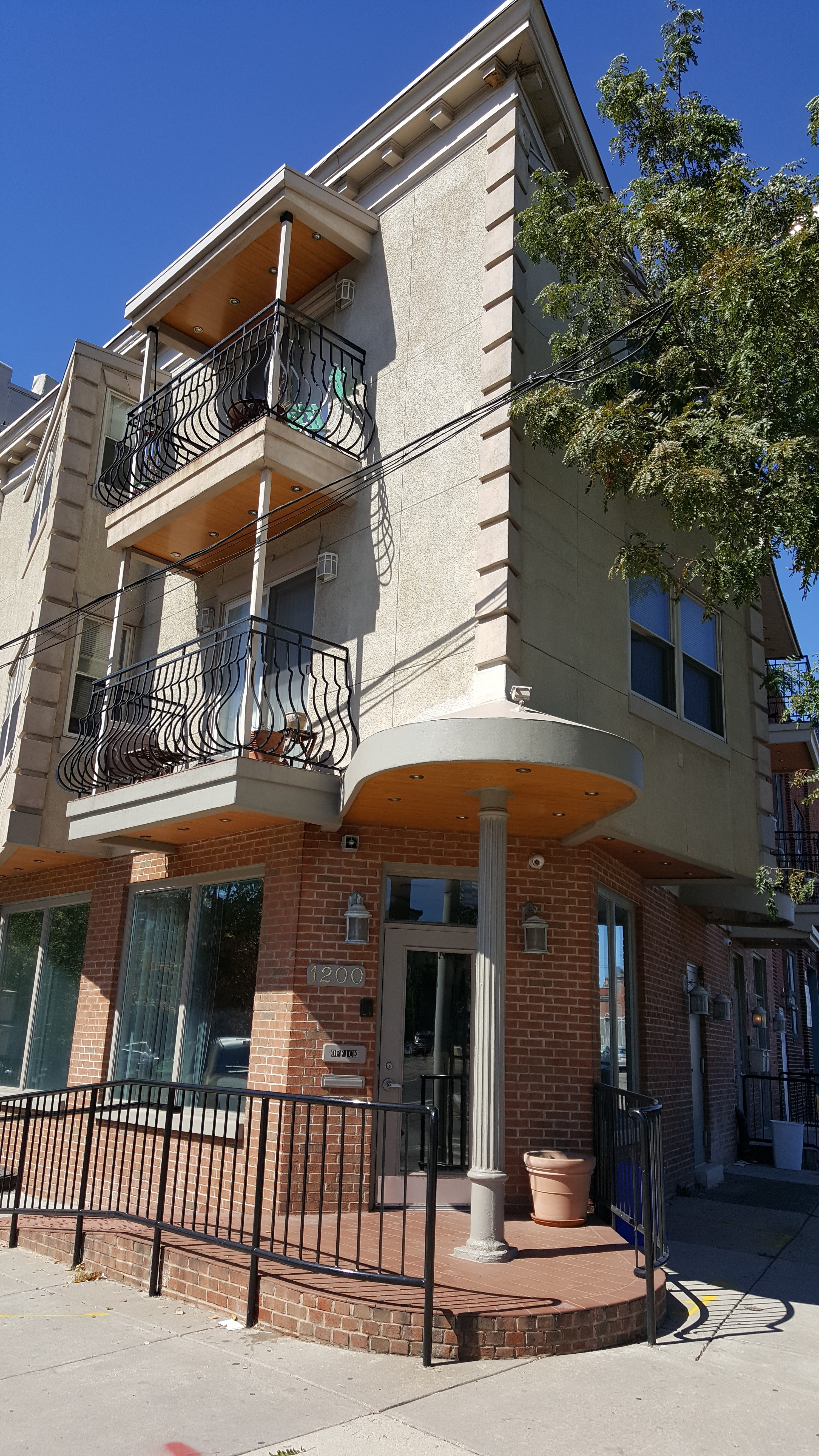 1 bedroom at 1204 chestnut st philadelphia pa whose your