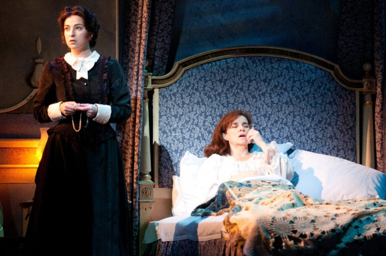 La Traviata, with Maureen O'Flynn.  Photo by Denis Kelly.
