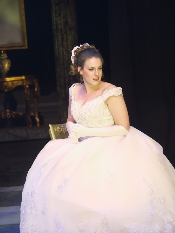 Violetta in La Traviata (photo by Bruce Davis)