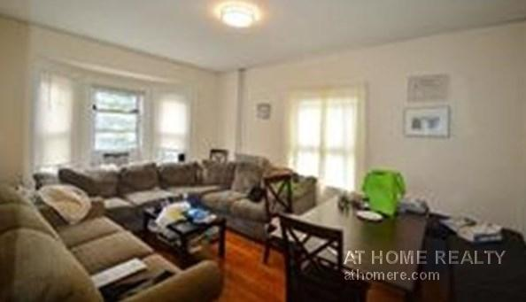 AMAZING 5 BEDROOM IN SUPERB ALLSTON LOCATION ..PARKING..FOR 9/1/18