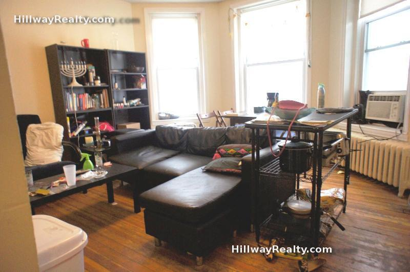 2 Bd on Commonwealth Ave., NO FEE