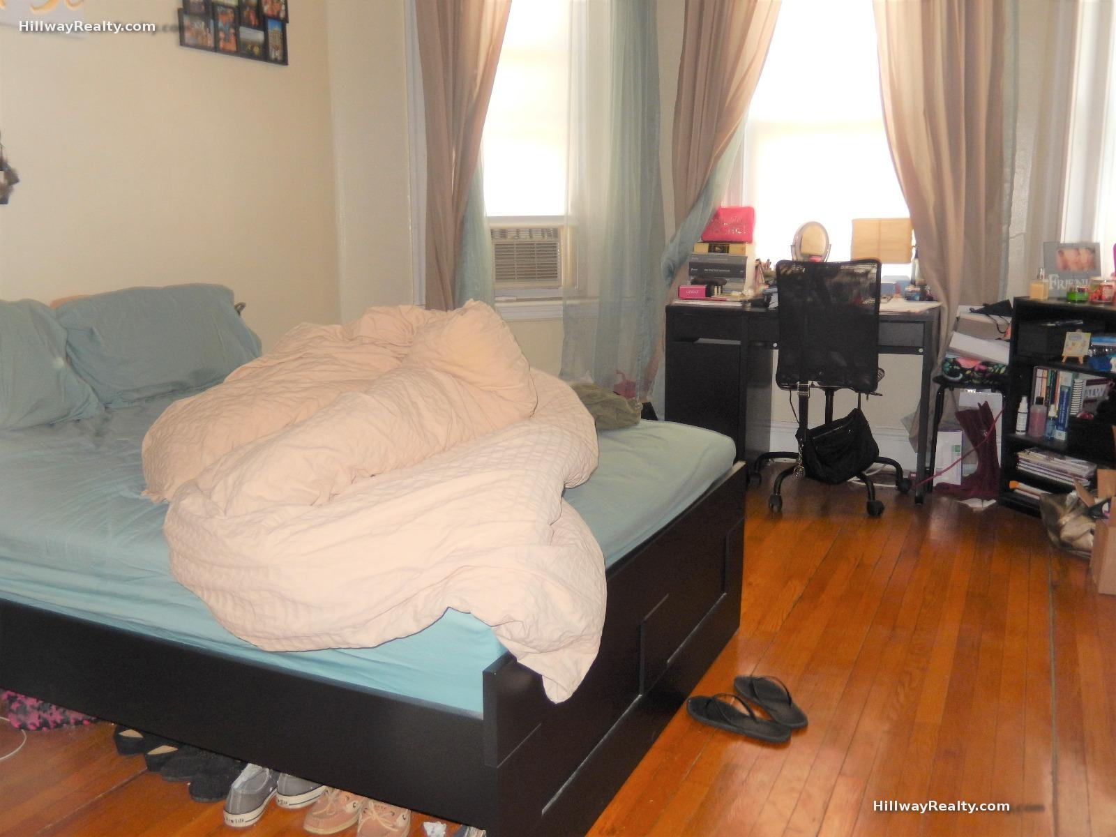 1 Bd on Woodstock Ave., NO FEE