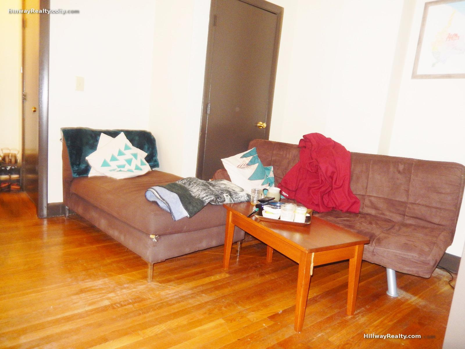 NO FEE-OCT 1st- JP 1 Bed-Hardwood Floors-Porch-Steps to the T-Lndry