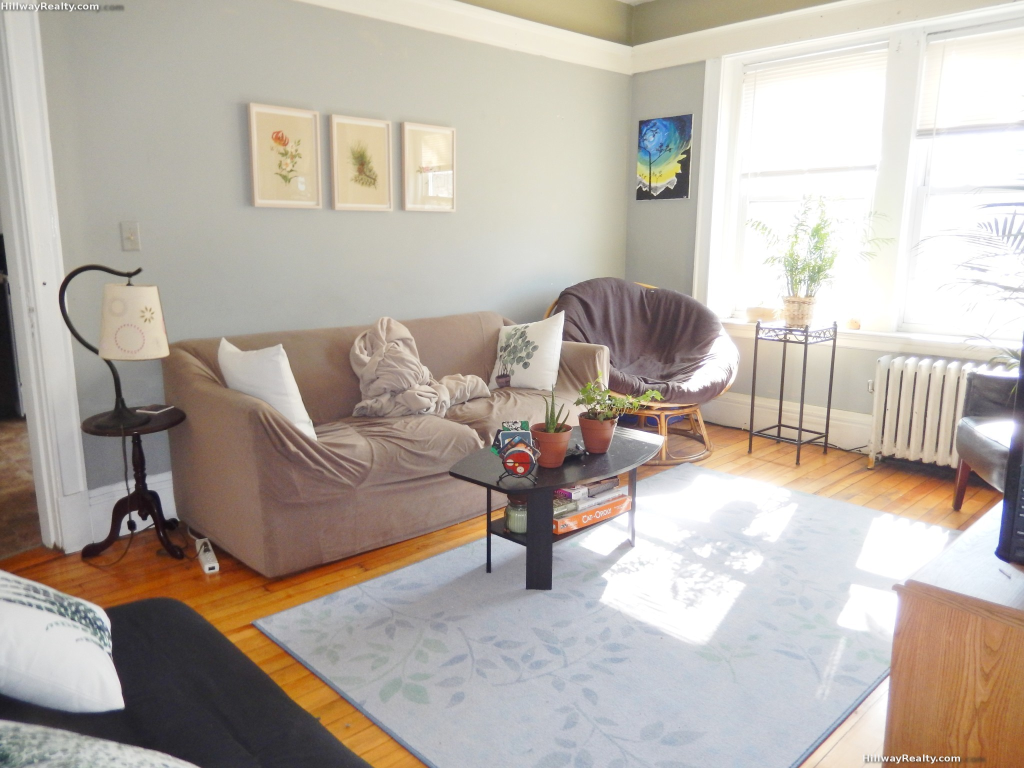 NO FEE !! NEW TO MARKET!!  WALK TO FOREST HILLS TRAIN !!HUGE 3 BED