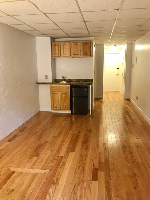 Studio, Furnished, Parking Available