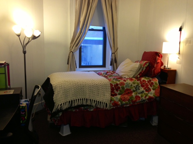 BEAUTIFUL Studio on the heart of Newbury St., near stores and shopping