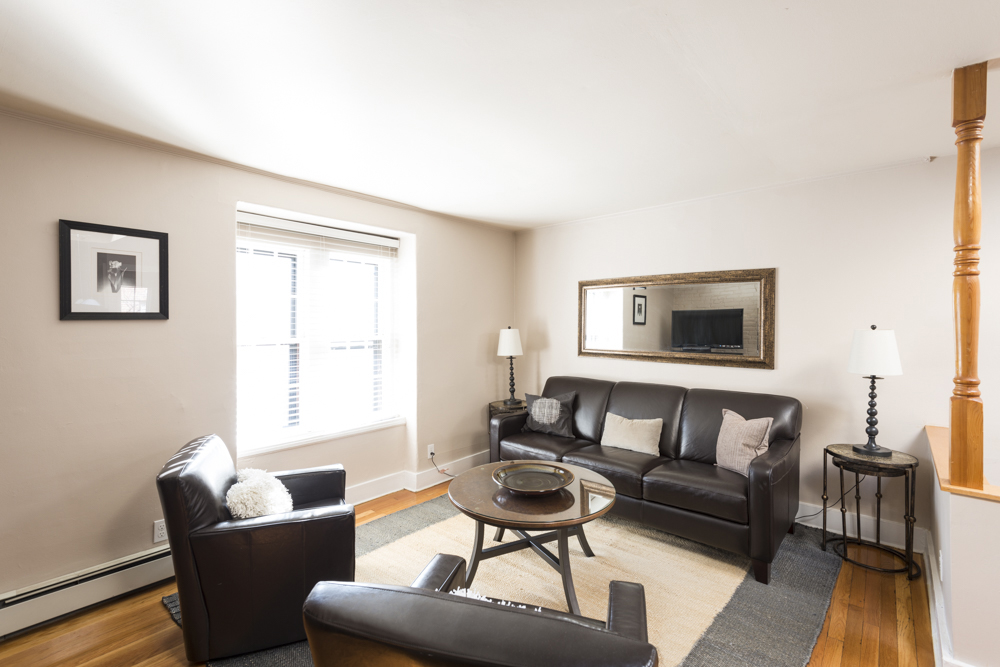 Luxury 1 Bed on Gray St. Central Air, Furnished! Near Back Bay Station