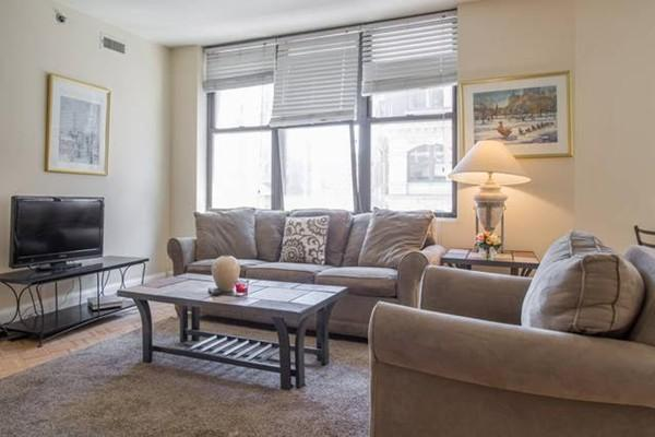 Live in the Financial District! Beautiful 2bed unit - Must see