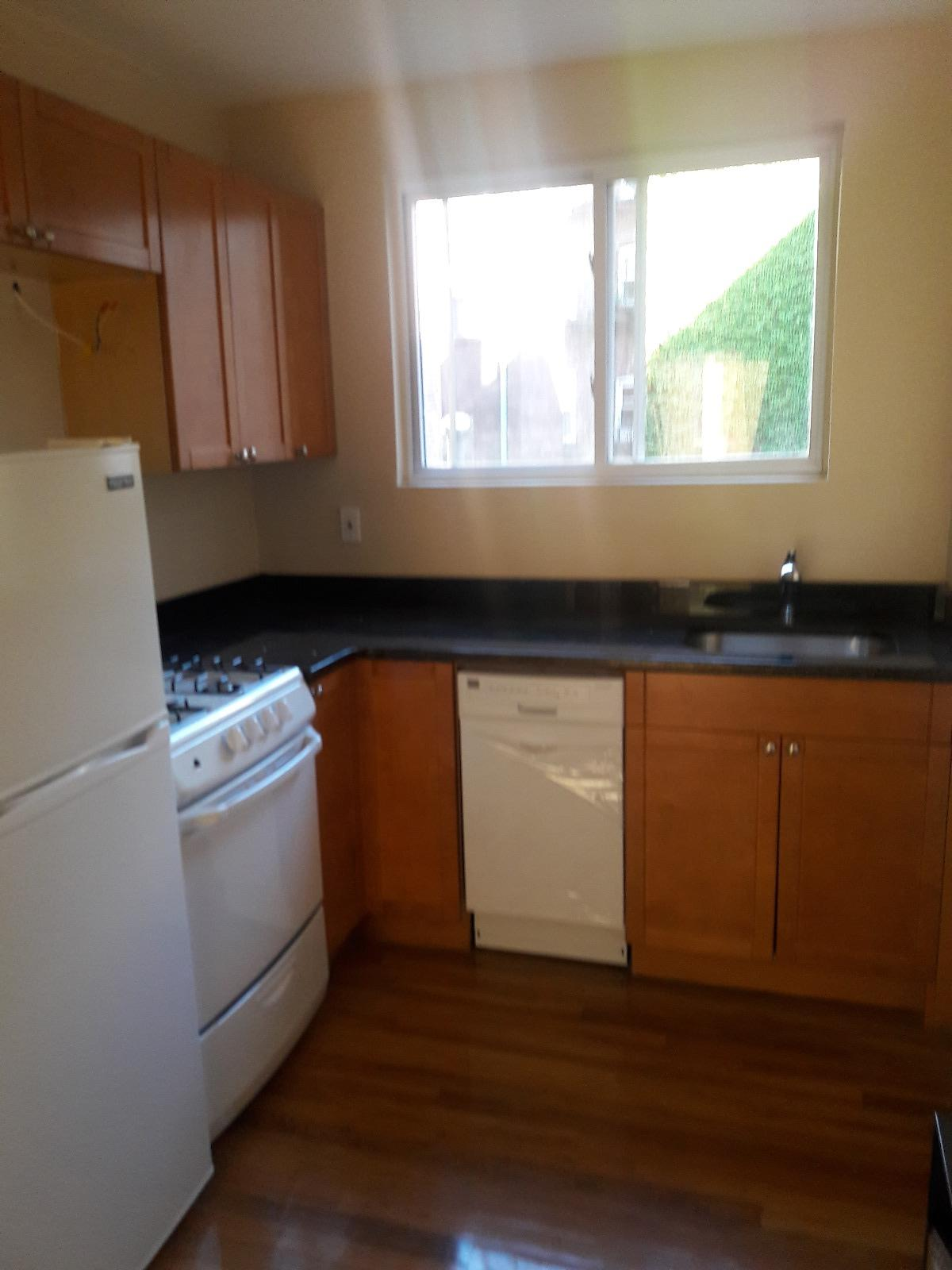 2 BED IN THE NORTH END, Laundry in Building
