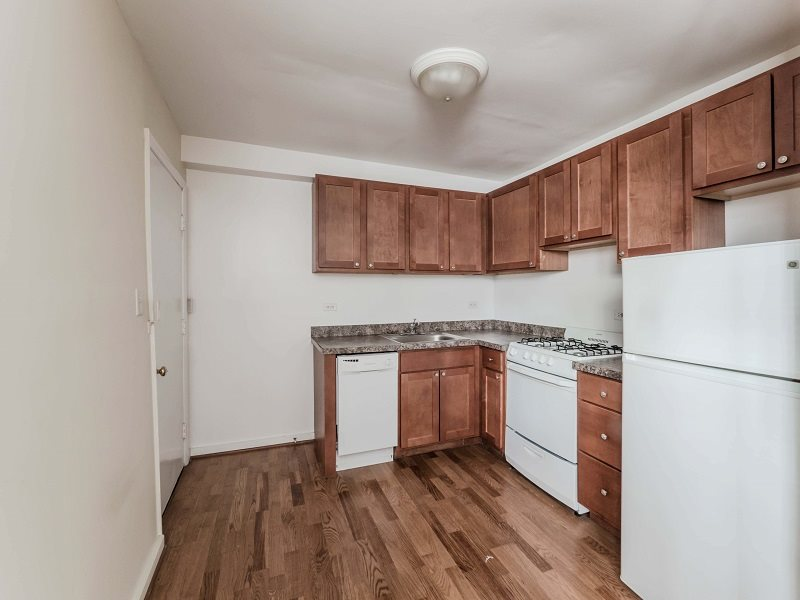 SPACIOUS 1 BED IN BUENA PARK! HW FLOORS!