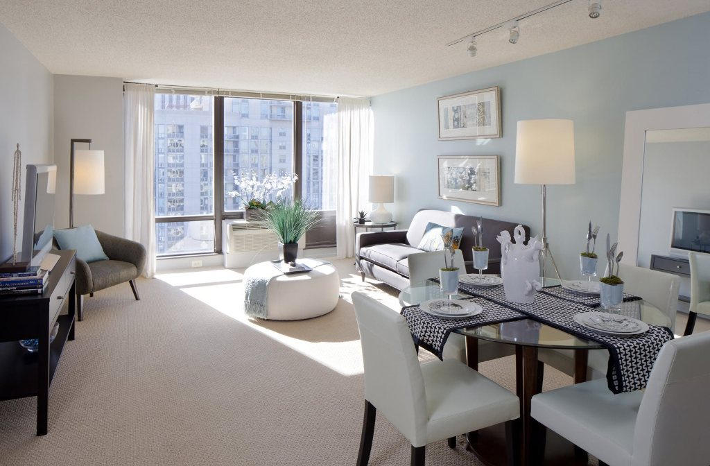 2 BED/2 BATH UNIT IN LAKESHORE EAST