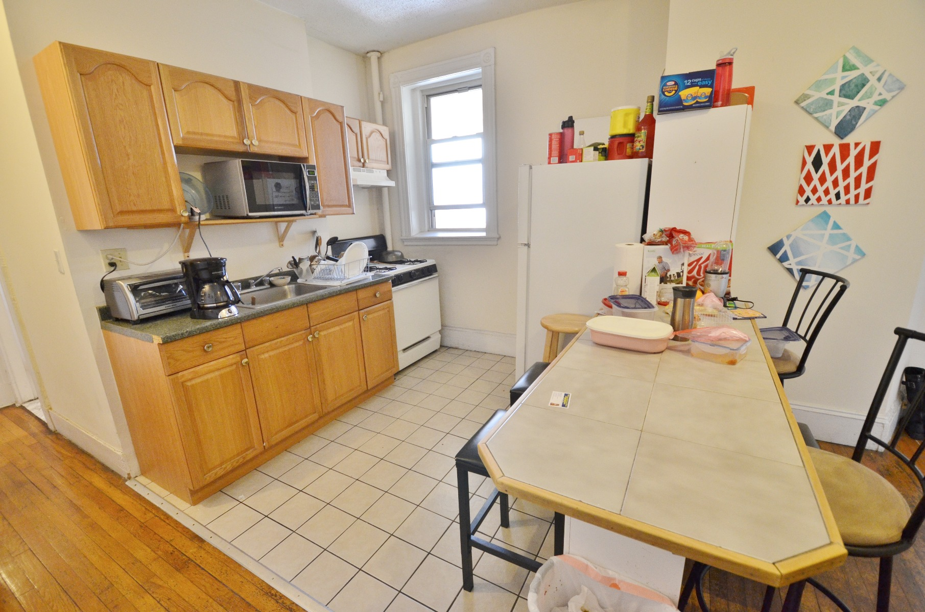 GORGEOUS, INCREDIBLE RECENTLY RENOVATED 3 BED 1 BATH!!!!